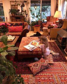Bohemian Style Home Decor Ideas Wohnideen im böhmischen Stil Bohemian Style Home, Bohemian House, Modern Bohemian, Boho Chic, Hippie Style, Bohemian Interior Design, Bohemian Decorating, Decorating Blogs, Deco Boheme Chic