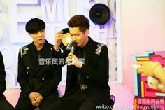 [OFFICIAL] 140516 TOP Chinese Music Interview 音乐风云榜 Weibo Update