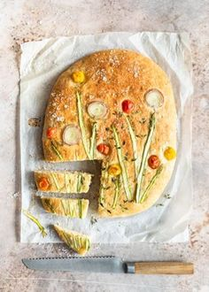 Kukkafocaccian ohje Bagel, Bread, Food, Brot, Essen, Baking, Meals, Breads, Buns