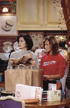 The Effective Pictures We Offer You About rachel green outfits halloween A quality pi Friends Mode, Serie Friends, Friends Cast, Friends Moments, Friends Show, Friends Trivia, Rachel Friends, Friends Episodes, Ross Geller