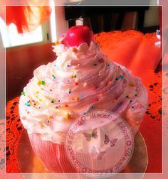 maxi cupcake cake