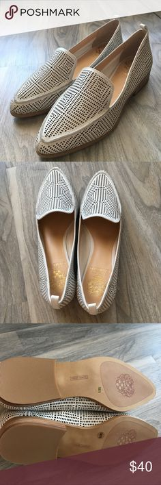 """Vince Camuto white flats size 7.5 - NWB Vince Camuto white flats size 7.5 - NWB. Almond toe. Padded footbed. 1""""heel Vince Camuto Shoes Flats & Loafers"""