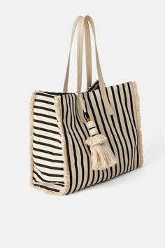 ZARA - Female - Frayed shopper bag - Multicolor - M Ethno Style, Striped Bags, Zara Bags, Boho Bags, Linen Bag, Fabric Bags, Shopper Bag, Cotton Bag, Bag Patterns