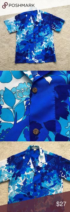 Vintage Hawaiian Vacation Open Collar Shirt Condition: Excellent vintage condition. No rips or stains.  Features:  -Beautiful vibrant blue color print -Open collar -100% Polyester American Vintage Shirts Casual Button Down Shirts