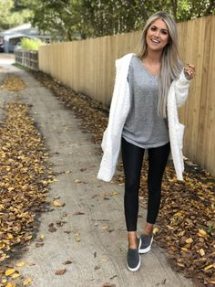 Outfits with leggings Nordstrom Fall Sale Picks Nordstrom Herbst Sale Picks - Living My Best Style Trendy Fall Outfits, Spring Fashion Outfits, Autumn Fashion, Casual Outfits, Summer Outfits, Winter Outfits, Gym Outfits, Teacher Outfits, Girls Weekend Outfits