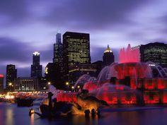 Buckingham Fountain in   Chicago.
