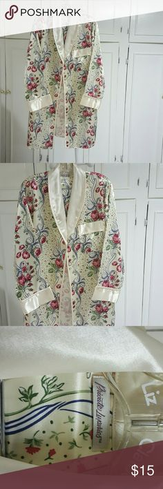 Silk robe Silk robe from a clean smoke free environment Privatsachen Intimates & Sleepwear Robes