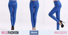 Share dacă ai purta un model îndrăzneţ de colanţi coloraţi!