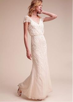 Luxury Tulle & Chiffon V-Neck Sheath Wedding Dresses With Beaded Embroidery