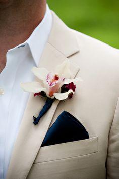 very casual groom's attire - beach wedding perhaps?