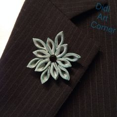 Chameleon Green Kanzashi Inspired Lapel Pin with by DidiArtCorner