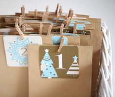 Adventskalender - Adventskalender - ein Designerstück von beutelkids bei DaWanda. Advent Calendar made from easy brown paper bags.