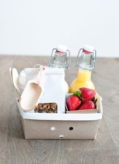 Breakfast Basket | Perfect For Pampering Mom in Bed or Greeting Your Guests at a Destination Wedding | The Sweet Lulu Blog