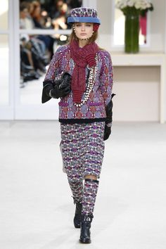Chanel | Ready-to-Wear - Autumn 2016 | Look 6
