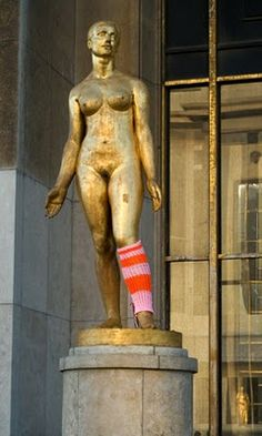 leg warmers? really? you have your choice for warm knitted clothing on this sculpture  and you go with leg warmers??