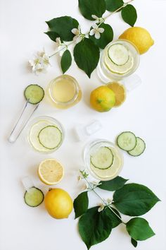 A family recipe for making easy elderflower syrup, cooling down summer heats. Share sweet cold refreshing drinks with your friends and family. Elderflower Syrup Recipe, Summer Story, Summer Treats, Refreshing Drinks, Prosecco, Family Meals, Make It Simple, Cold, Homemade