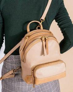 Handmade vintage womens leather messenger bag Backpack shoulder bag for women Messenger Bag Backpack, Leather Backpack, Beige Shoulder Bags, Travel Bags For Women, Cute Backpacks, Leather Purses, Fashion Backpack, Vintage Ladies, Satchel