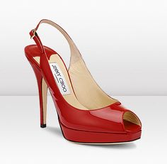 I'm a simple girl, who loves simple shoes that come in daring red.