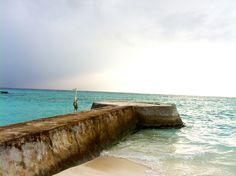 Malediven °eines meiner liebsten Reiseziele, um total die Zeit zu vergessen und auszuspannen °one of my favorite travel destinations, to totally forget the time and relax Bungalows, Forget, Relax, Beach, Water, Outdoor, Rainy Season, Snorkeling, Maldives
