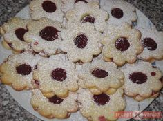 Hungarian Desserts, Cake Cookies, Sweets, Recipes, Food, Gummi Candy, Candy, Essen, Eten