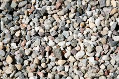 How to Properly Use Stones Instead of Grass in a Lawn Area