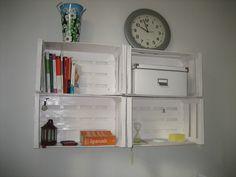 Mis productos Experiencias Sostenibles !!  cajas de frutas Bathroom Medicine Cabinet, Fruit Crates, Products
