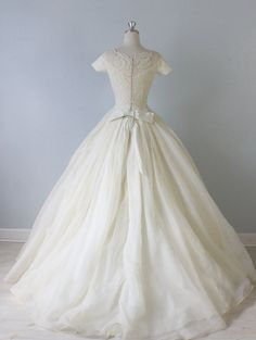 Vintage 1950s Wedding Dress / 50s Bridal by TheVintageMistress - mensch, everything about this.