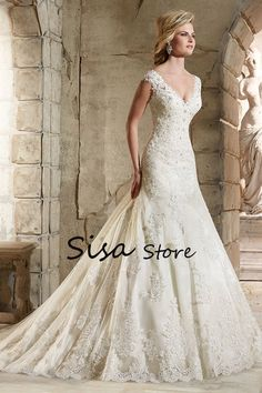 2017 V-Neck Wedding Dresses Mermaid Court Train With Applique