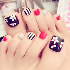 24 pcs cute flower mix art false toe nails for women Cute Toe Nails, Toe Nail Art, My Nails, Acrylic Nails, Pedicure Designs, Toe Nail Designs, Pedicure Ideas, Red Toenails, Nagel Hacks