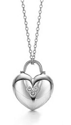 Tiffany Necklaces Jewelry Heart Lock Chain Silver Necklace This Tiffany Jewelry Product Features: Category:Tiffany & Co Necklaces Material: Sterling Silver Manufacturer: Tiffany And Co