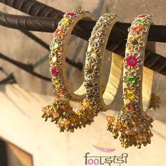 Fancy Gota Jewellery Designs to add Bling & Edge to your Look Gota Patti Jewellery, Thread Jewellery, Fabric Jewelry, Jewellery Designs, Flower Jewellery For Mehndi, Flower Jewelry, Diy Wedding Earrings, Wedding Planning Websites, Wedding Fabric