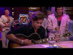 Waylon over 'The day the music died' - RTL LATE NIGHT