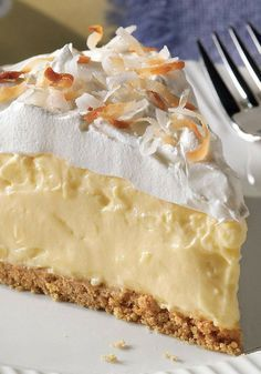 Recipe for Easy Coconut Pie - It looks like a special-occasion dessert, but this scrumptious coconut cream pie is so easy to make you could whip it up any old time. No Bake Desserts, Easy Desserts, Delicious Desserts, Yummy Food, Lemon Desserts, Healthy Desserts, Kraft Recipes, Cake Recipes, Easy Pie Recipes