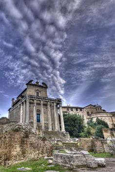 The Temple of Antoninus and Faustina (now the church of San Lorenzo in Miranda) was built in 141 C.E. and is the best preserved building in the Roman Forum.