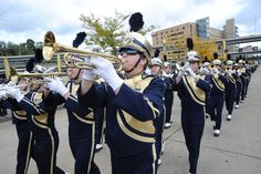 Pitt Band leading the Panthers into the Heinz Field on Homecoming Weekend.