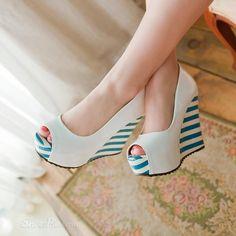 Classic Peep Toe Wedge Heel Stripe Platform Pumps