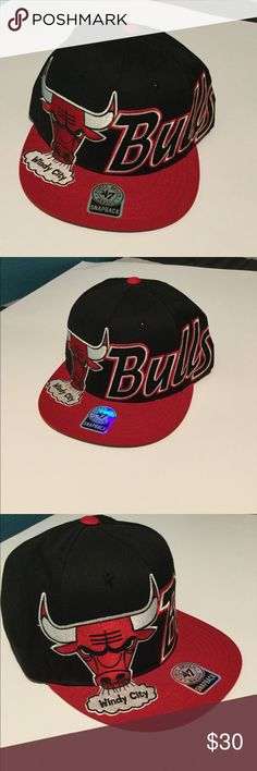 297d944d32743 Chicago bulls snapback 💥 condition -Needs cleaning -Pre owned -Authentic  ✅👏🏽 -All offers welcome ✅🤝 47 Accessories Hats