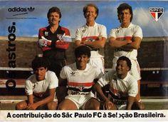 1986 - a seleção brasileira teve no SPFC a sua base de meio e ofensiva na Copa do Mundo. Gilmar e Sidney foram cortados. Oscar entrou na lista. Falcão, Careca e Müller entraram em campo na Copa do Mundo. My Passion, All Star, Soccer, Baseball Cards, Board, Men's Football, Football Pictures, Athlete, My Crush