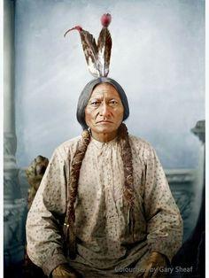 Native American Costumes, Native American Music, Native American Images, Native American Symbols, Native American Beauty, American Indian Art, Native American Indians, Plains Indians, Sitting Bull