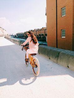 Image de girl, bike, and vintage