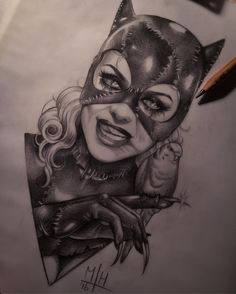 Tattoos are popular now more than ever. Tattoo Sketches, Tattoo Drawings, Art Drawings, Catwoman, Chicano, Batman Tattoo, Dc Comics, Geniale Tattoos, Desenho Tattoo