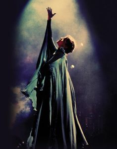 """To get a dream of life again, a little vision of the start at the end. But all the choirs in my head sang, no oh-oh-oh."" #FlorenceAndTheMachine #BreathofLife"