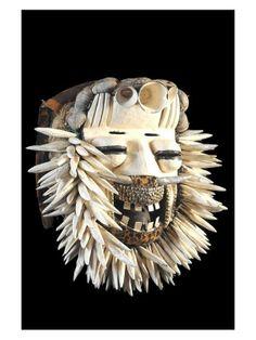 Masque Polychrome Sacre / Sagesse - We / Guere - Côte d'Ivoire - Objet n°3858 - Galerie Bruno Mignot