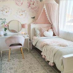 ضوابط و نکته های طراحی اتاق کودک Men's Bedroom Design, Cute Bedroom Decor, Cute Bedroom Ideas, Room Ideas Bedroom, Cozy Bedroom, Toddler Bedroom Ideas, Kids Bedroom, Rustic Girls Rooms, Girls Bedroom Curtains