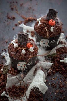 Organizzate ai vostri bambini una divertente festa di Halloween e preparategli questi meravigliosi cupcake di Halloween. Saranno felicissimi!