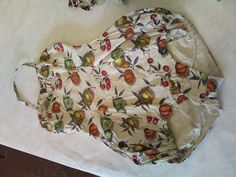 Yes we have no bananas! But we do have lemons, cherries and oranges! Crazy yet natty 50s one piece swimsuit, digging the halter neck and big old bell bottom on it!