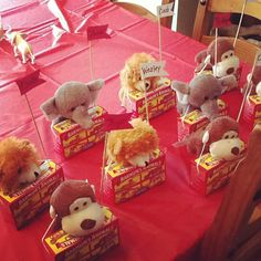 Check out these cute party favors. A box of animal crackers and a stuffed animal are the perfect favor for your child's Circus themed party. Dumbo Birthday Party, Carnival Birthday Parties, Birthday Party Favors, Birthday Fun, First Birthday Parties, Fourth Birthday, Birthday Ideas, Circus Party Favors, Carnival Party Centerpieces