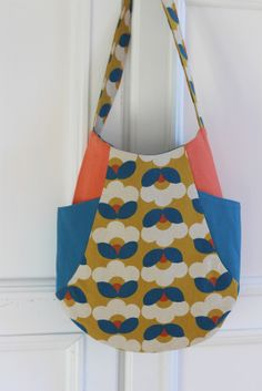 241 tote pattern from Noodlehead