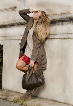 Slip dress, UGG and parka per B