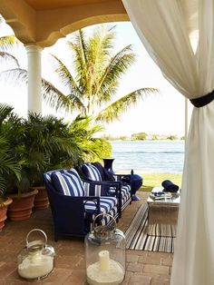 Decorating Details: Beautiful Blue-and-White Accents, and LOVE those lanterns! The ocean views don't hurt either! Outdoor Rooms, Outdoor Living, Indoor Outdoor, Outdoor Decor, Outdoor Balcony, Coastal Homes, Coastal Living, Decks, Home Decoracion